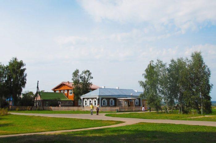 gosudarstvennyj-muzej-zapovednik-esenina-700x464