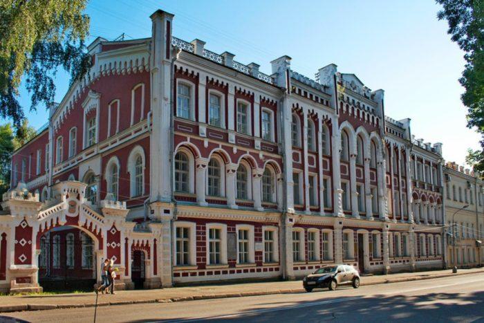 hudozhestvennaya-galereya-700x467