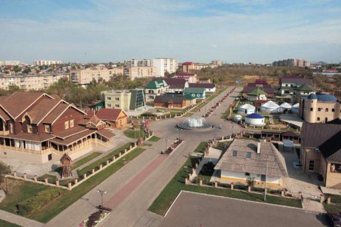 kulturnyj-kompleks-nacionalnaya-derevnya-700x466