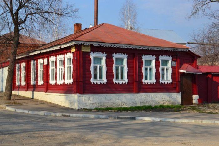 muzej-bunina-v-elce-700x466
