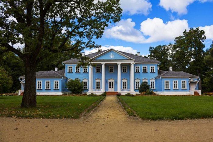 muzej-usadba-glinki-v-novospasskom-700x468