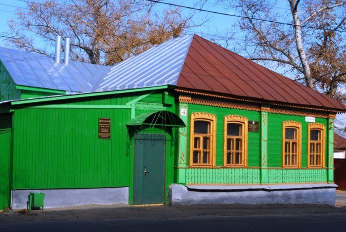 muzej-zhukova-v-elce-700x469