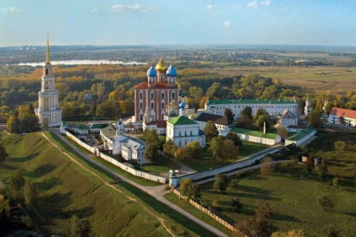 ryazanskij-kreml-700x467