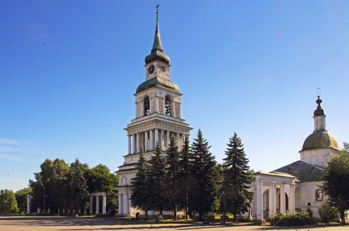 slobodskoj-muzejno-vystavochnyj-centr-700x464