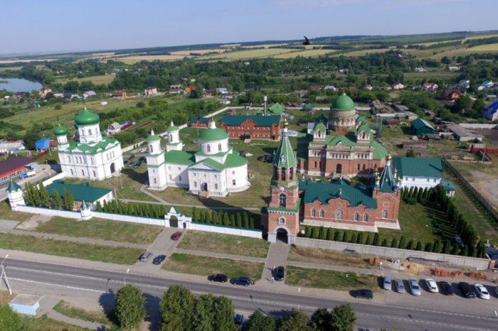 troekurovskij-monastyr-700x466