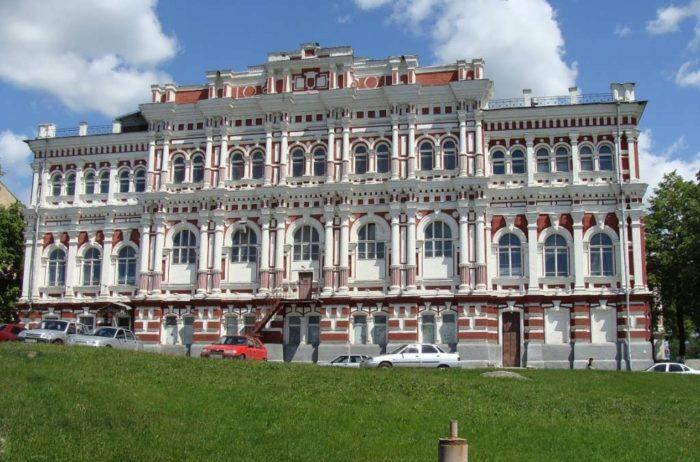 voenno-istoricheskij-muzej-kurskoj-bitvy-700x462