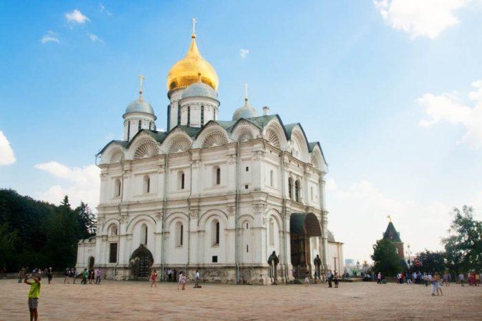 arhangelskij-sobor-700x466