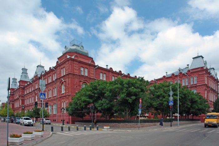 astrahanskij-kraevedcheskij-muzej-700x469