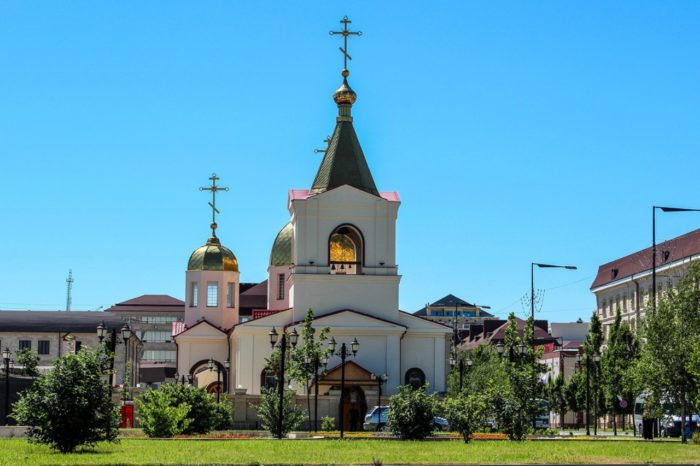 cerkov-mihaila-arhangela-700x466