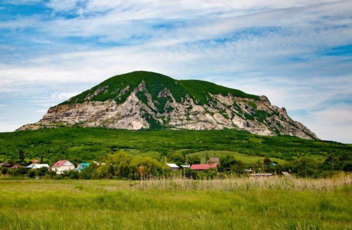 gora-zmejka-700x457
