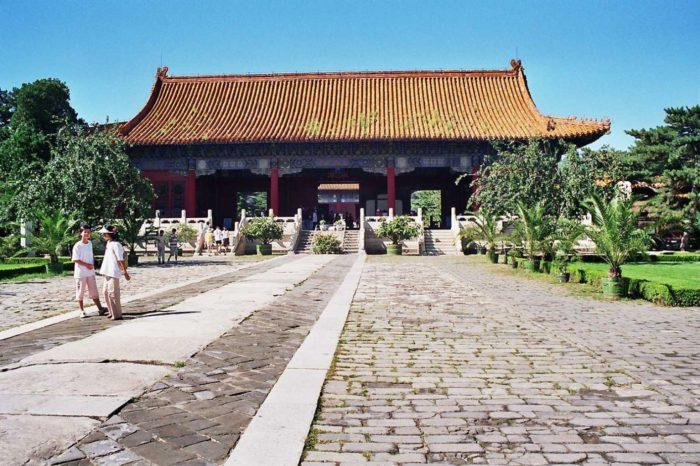 grobnicy-imperatorov-dinastii-min-700x466