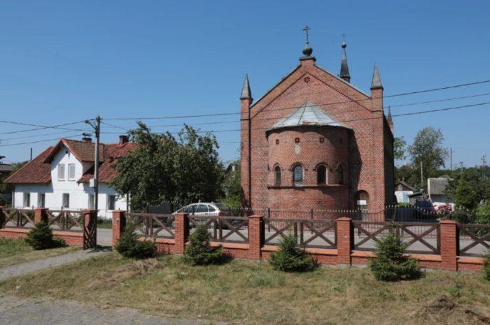 hram-svyatogo-sergiya-radonezhskogo-700x465