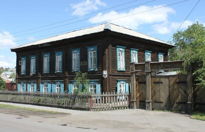 muzej-dostoevskogo-v-novokuznecke-700x452