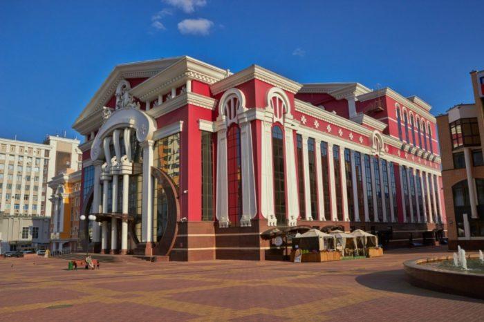 muzykalnyj-teatr-yausheva-700x466