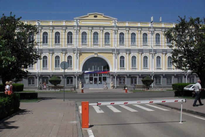 stavropolskij-kraevedcheskij-muzej-700x470