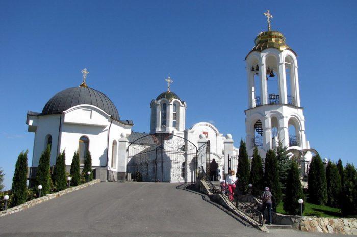 svyato-georgievskij-monastyr-700x466