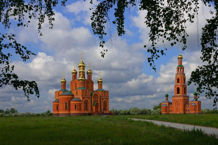 achairskij-monastyr-700x466