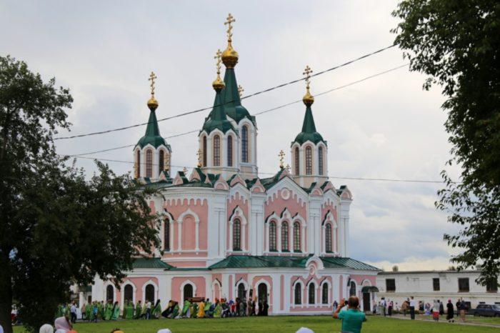 dalmatovskij-uspenskij-monastyr-700x466