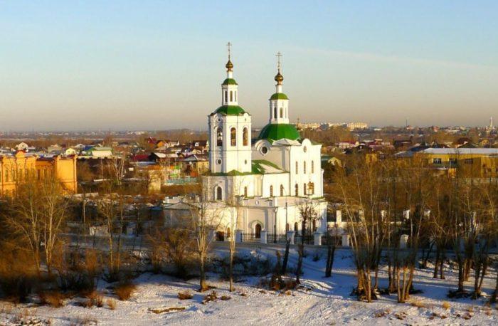 krestovozdvizhenskaya-cerkov-700x458