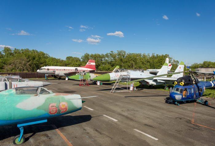 kurganskij-aviacionnyj-muzej-700x475