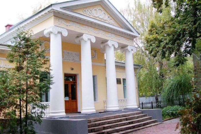 muzej-istorii-mediciny-tambovskoj-oblasti-700x469