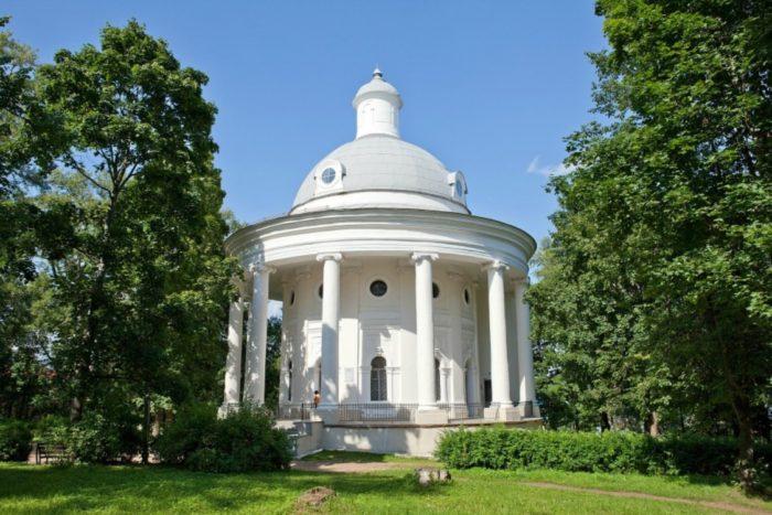 muzej-kolokolov-v-valdae-700x467