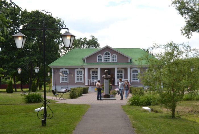 muzej-usadba-vernadskogo-700x471