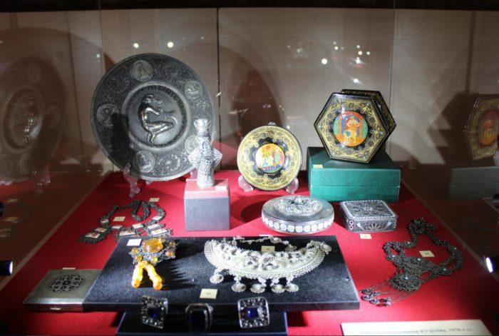 muzej-yuvelirnogo-iskusstva-v-kostrome-700x471