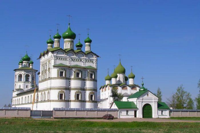 nikolo-vyazhishchskij-monastyr-700x466