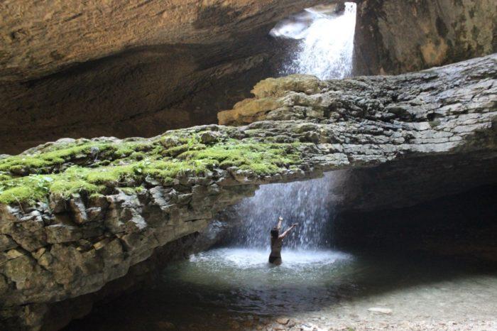 saltinskij-vodopad-700x466