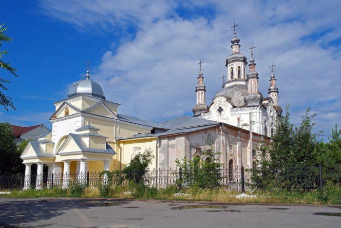 spaso-preobrazhenskij-sobor-2-700x468