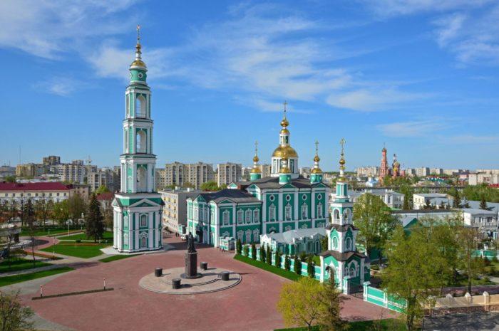 spaso-preobrazhenskij-sobor-700x465