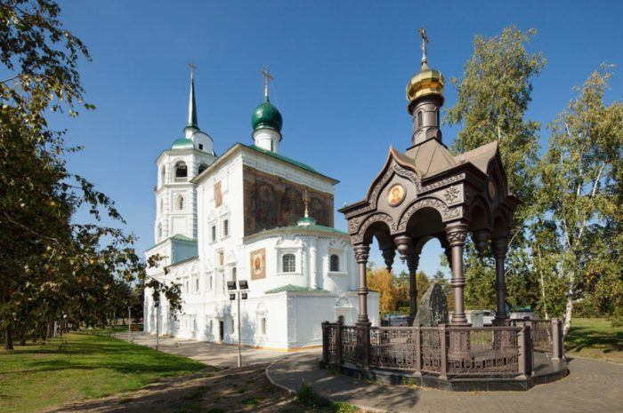 spasskaya-cerkov-700x465