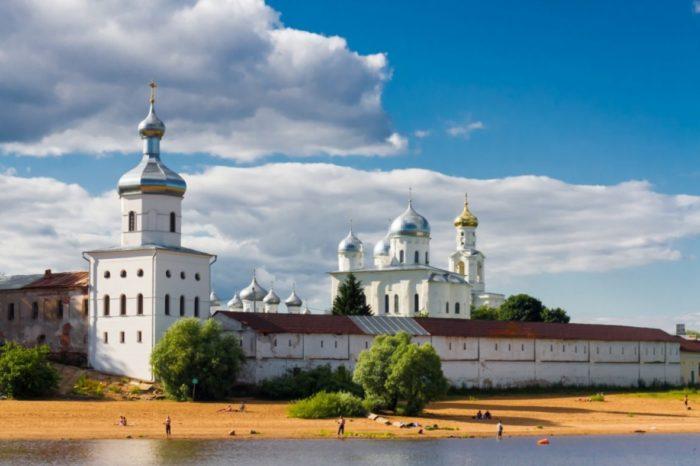 yurev-monastyr-700x466