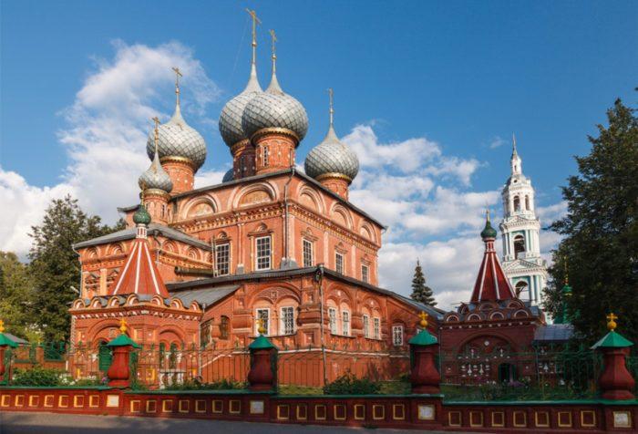 znamenskij-zhenskij-monastyr-700x476