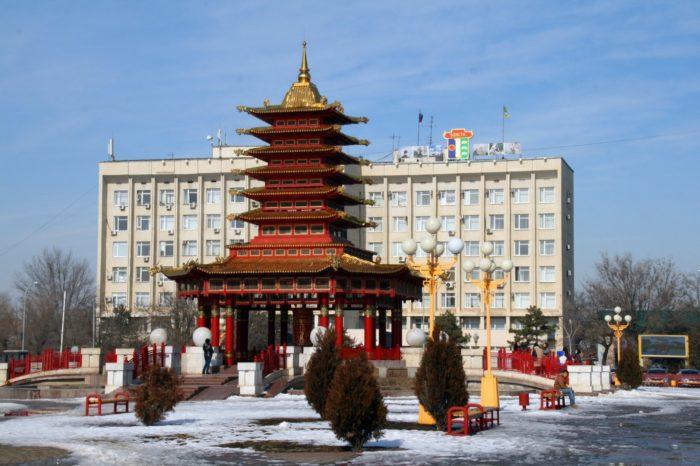pagoda-semi-dnej-700x466