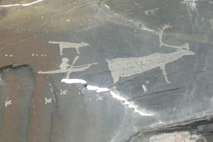 pegtymelskie-petroglify-700x466