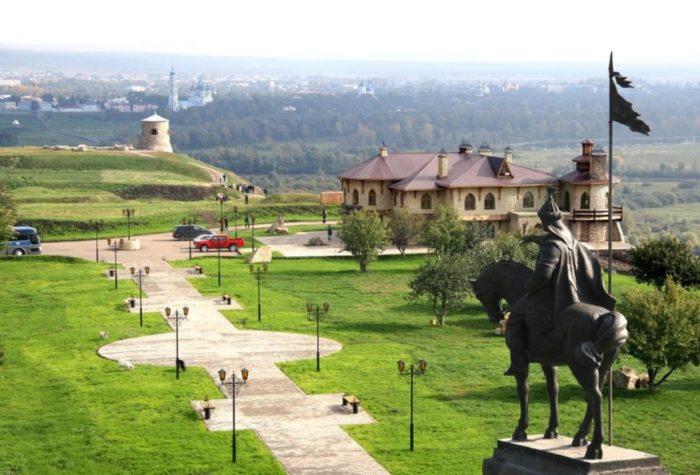 elabuzhskoe-gorodishche-700x475