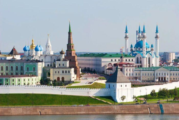 kazanskij-kreml-700x472