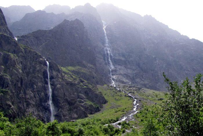 midagrabinskie-vodopady-1-700x470