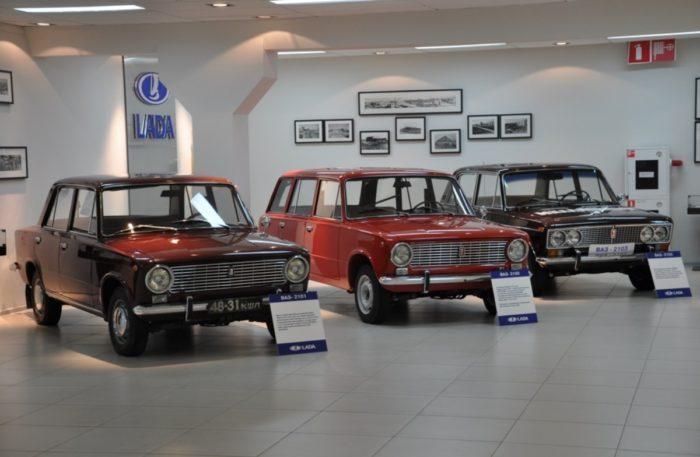 muzej-avtovaza-v-tolyatti-700x457