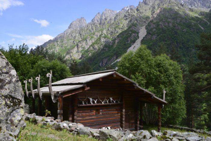 svyatilishche-rekom-700x466