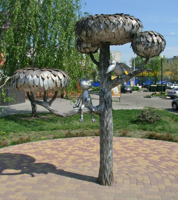 kotyonok-s-ulicy-lizyukova-700x788