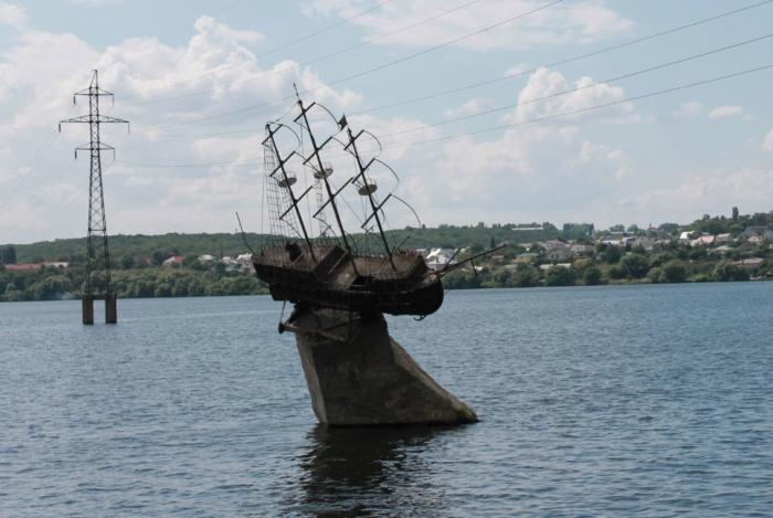maket-korablya-merkurij-700x469