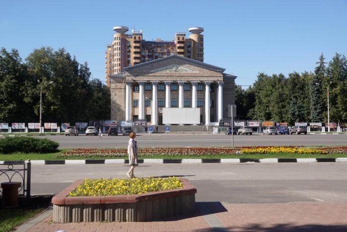 zhukovskij-700x467