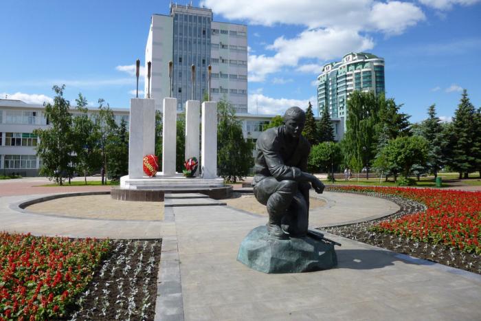 memorial-samartsam-pogibshim-v-neobyavlennyh-vojnah-700x467