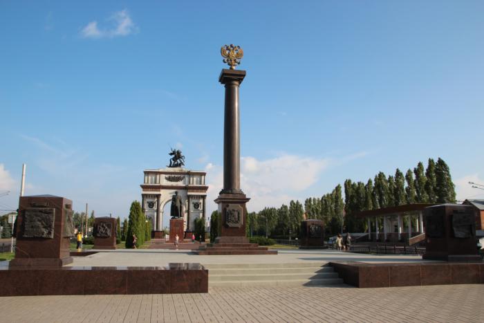 memorialnyi-kompleks-kurskaya-duga--700x467