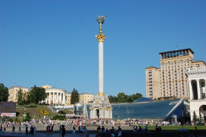 monument-nezavisimosti-ukrainy-700x466