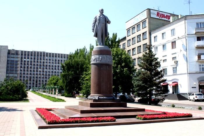 pamyatnik-tg-shevchenko-1-700x467