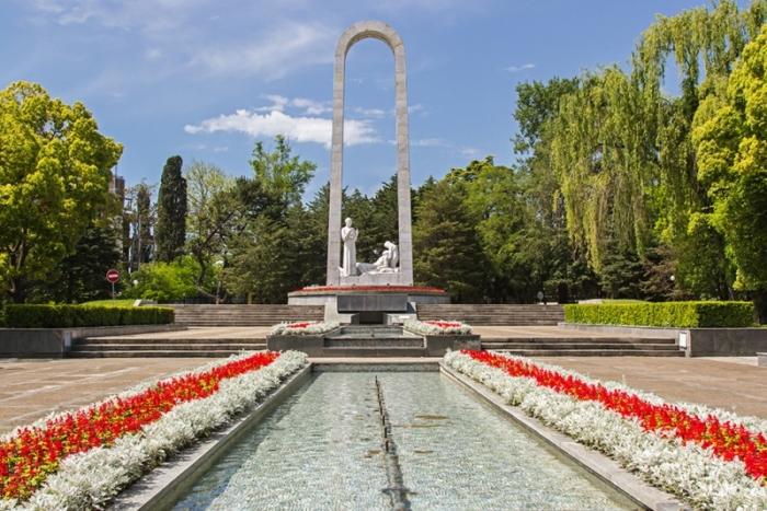 podvig-vo-imya-zhizni-700x467